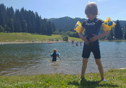 Summer-blog-image-lake-swim